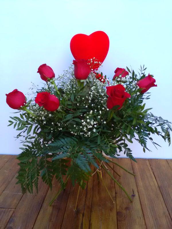 Suspiro - Media docena de rosas rojas + corazón