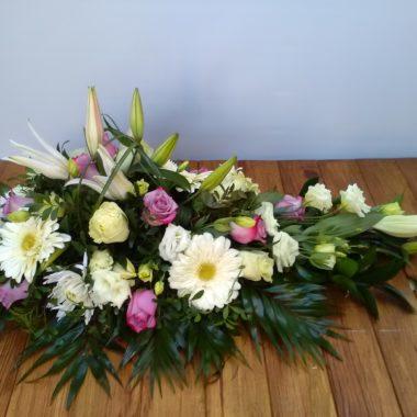 Almohadón de flores último adiós