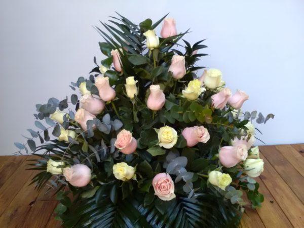 Centro premium rosas de colores